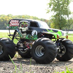 Grave Digger Wheely King